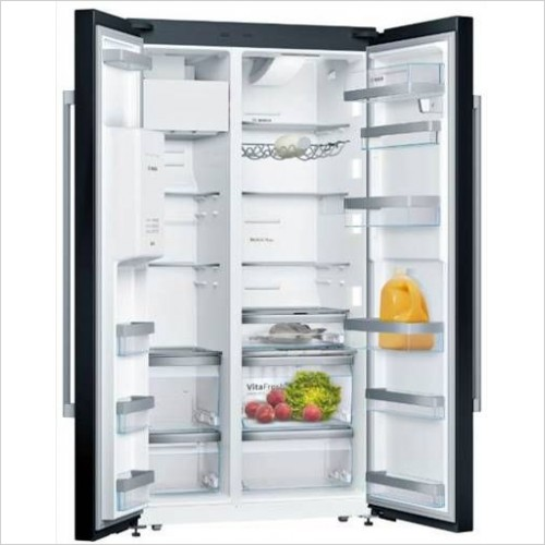 Bosch - Serie 8 178 x 91cm USA Style Side By Side Fridge Freezer